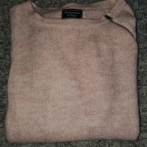 Abercrombie & Fitch blush sweater